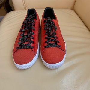 NWOB Puma Clyde GCC Women's Sneakers in Red